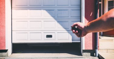 Propane-vs-Kerosene-Garage-Heater-featured image