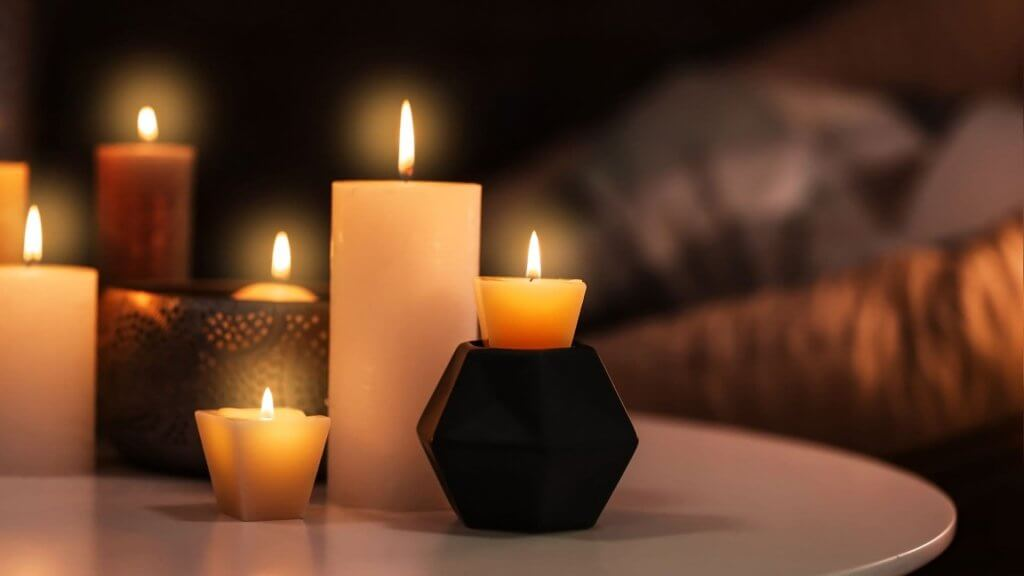 How Many Candles Heat a Room
