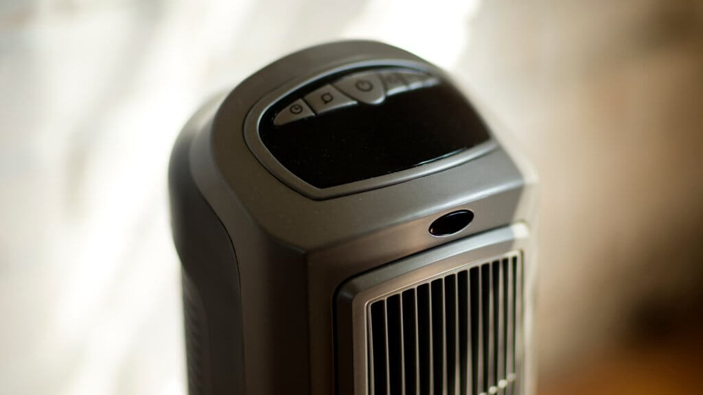 How many watts does a space heater use